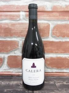 北海道札幌市北区のお客様から出張買取にて赤ワイン カレラ ミルズ・ヴィンヤード ピノノワールをお買取りしました。